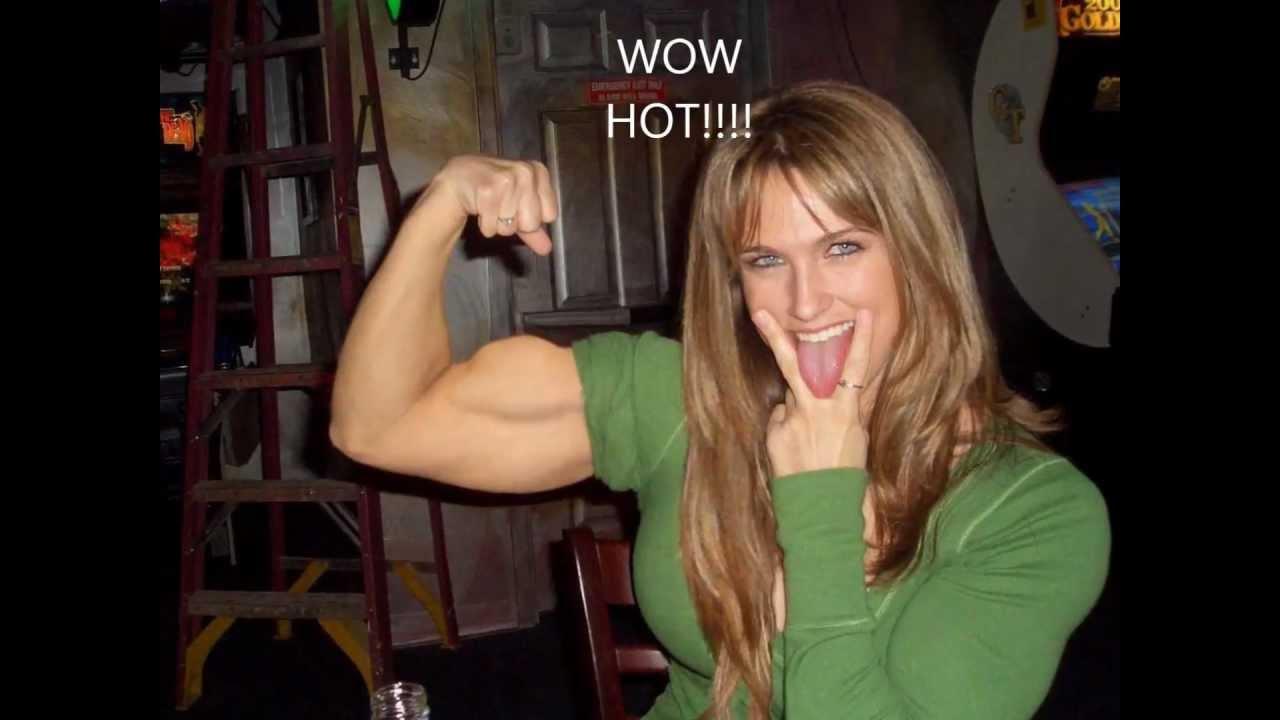 Flexing her muscles in leggings then flexing her asshole 6
