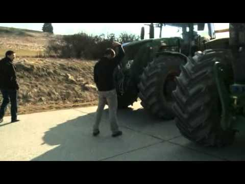 John Deere 7280R VS Fendt 933