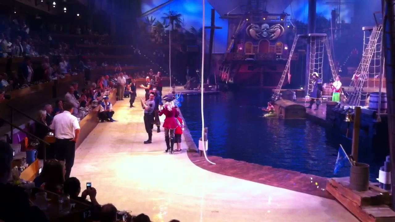 Dolly Parton Pirate Show Myrtle Beach