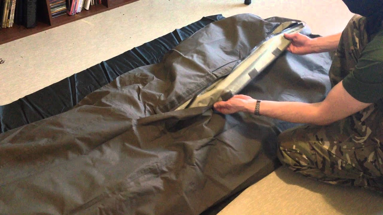 Sleeping bag cover by Carinthia (German Army Model) [ENG ...