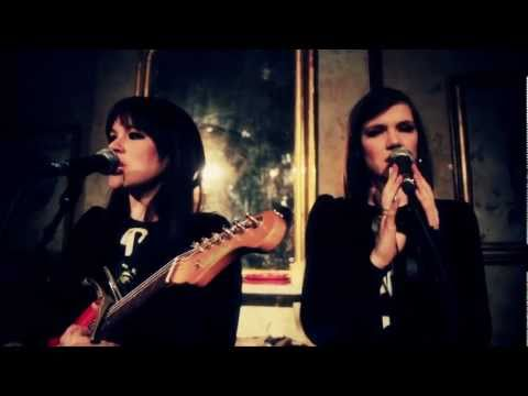 The Langley Sisters - Flowers By The Roadside