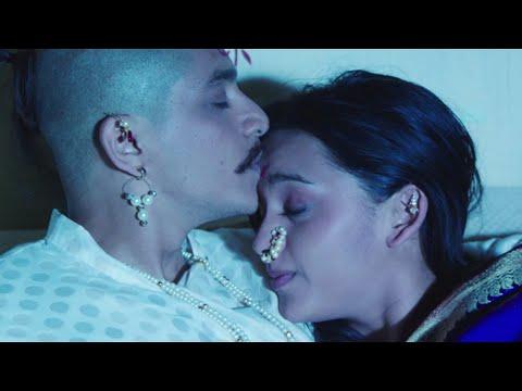 Swapnihi Navhte Disale - Marathi Romantic Song - Rama Madhav...