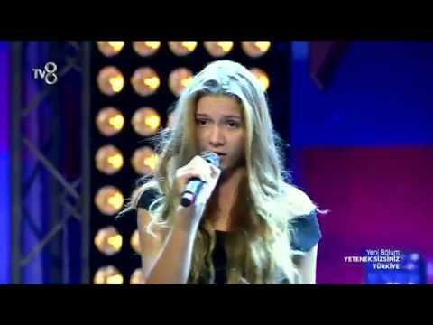 Türkiye'nin Shakira'sı Aleyna Tilki - Yetenek Sizsiniz Türkiye 2014