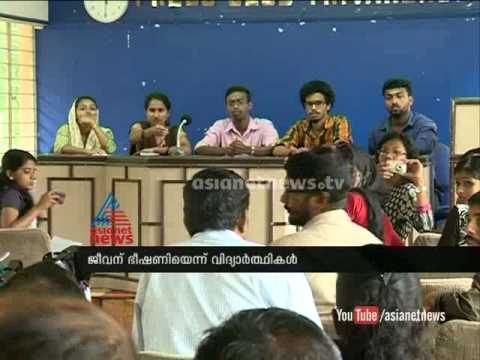 University college students raising allegation against SFI
