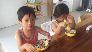 Rio, Cherry, Mio Ngồi Nghiêm Túc Ăn Trưa I Gia đình Lý Hải Minh Hà