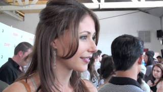 Amanda Crew Interview