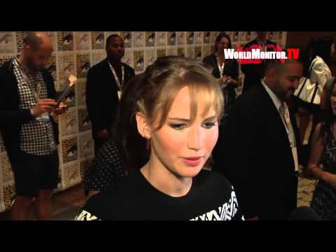 Jennifer Lawrence interviewed at The Hunger Games - Catching Fire' Comic Con 2013