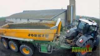 2 FENDT 824 Black Beauty et bennes TP JOSKIN 3 essieux en 2012