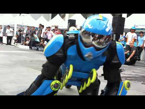Roller Man @ Central World Bangkok 07/05/2011