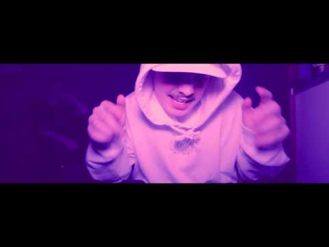 Mouhous / Crackstreetboys EP Spotify: https://open.spotify.com/album/4eT02YOswupIjIh7HXr2uR Kuvaus: Leo-Emil Korhonen & Axel Pielmann Leikkaus & VFX: Janne Pajunen Mix: Aleksi Nurmi FB: https://ww...