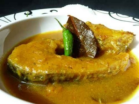 Doi Maach - Fish with Yogurt Gravy - Bengali Cuisine