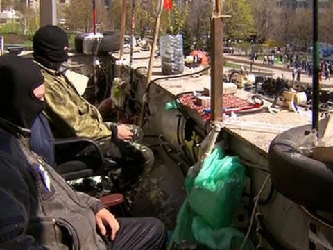 Pro-Russian protesters staying put in Ukraine despite diplomatic deal