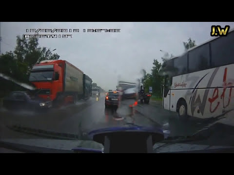 accidentes de camiones, bestiales accidentes, truck Accident, car crash, (recopilacion 2013) part.3