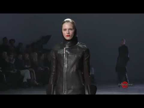 Rick Owens - Paris Fall / Winter 2011 - 2012