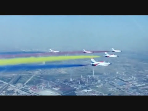 2013 - Chinese air force parade - 中國空軍閱兵 -- Desfile de la fuerza aerea china