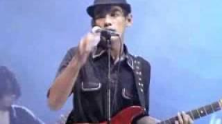 Meet Uncle Hussain - Lagu Untukmu ( Live )