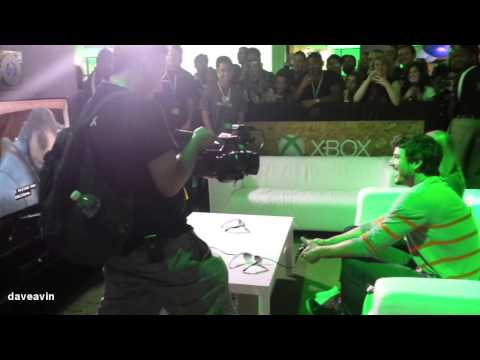 Pedro Pascal's reaction to the Red Viper vs The Mountain SDCC 2014