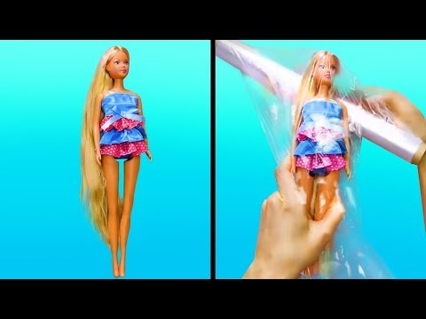 Scientist Barbie Dolls Create A Blob & Ice Girls Monster High Doll in Lab - Toy Video