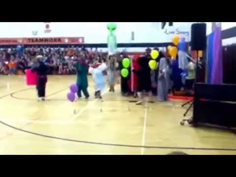 Chapmanville Middle School talent show Harlem shake