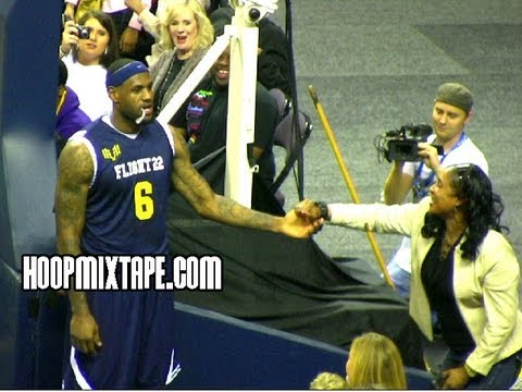 LeBron James Kills Off The Glass Dunk That's TOO Sick To Give Lady Dap!