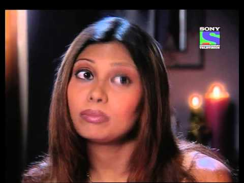 media koi nahi he kamre mein song in dhoom video 3gp download