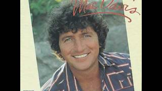 Mac Davis - I never made love