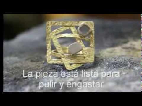 Creación de una sortija en oro con piedras naturales