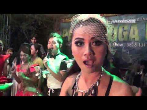 MEREGEHESE   YOSFER FT INDRA   LIVE PRIMA YOGA MUSIC