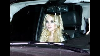 Lindsay Shops After The Photo Shoot  [2007]