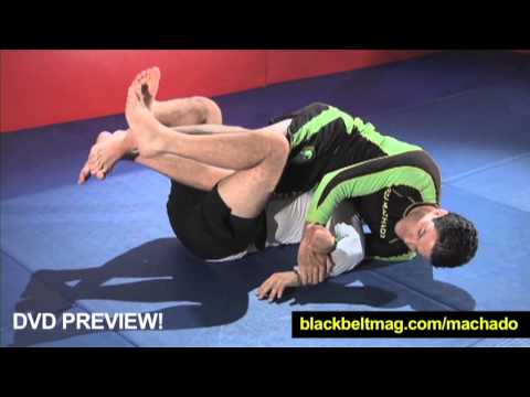 Jean Jacques Machado: How to Do a Shoulder Lock From Inside the Closed Guard Image 1
