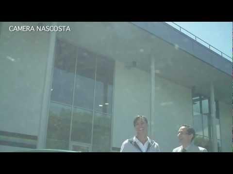 Candid Mercedes-Benz Team : Flavia Pennetta e l'auto promessa