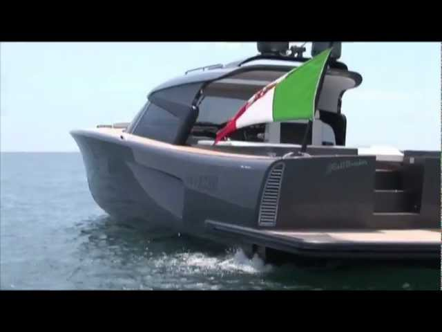Maxi Dolphin MD51 Power (Cruiser version)