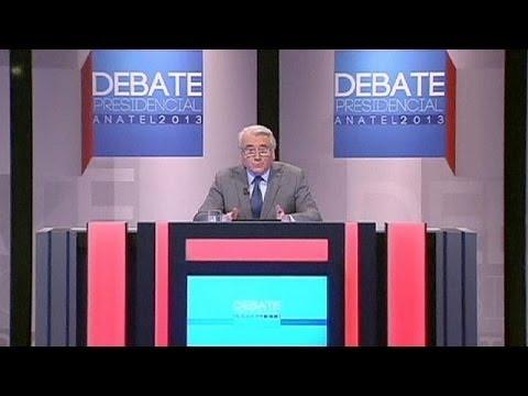Выборы в Чили: дуэль генеральских дочек