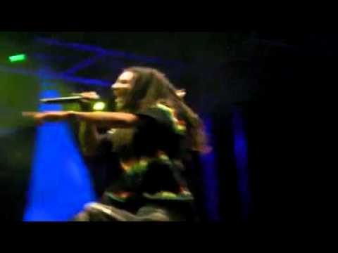 Blacko Afrikaf a Caen au festival des coteaux 26 06 10 Zamalia