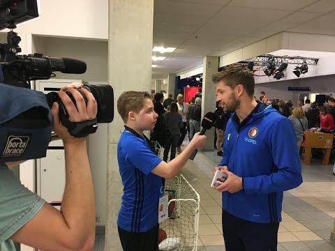 Reportage: Feyenoord bezoekt Sophia Kinderziekenhuis