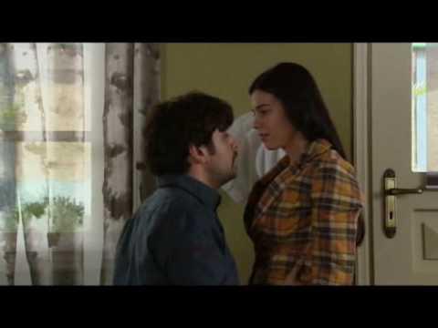 Loukas kai Zwi - Η καλύτερη ερωτική σκηνή.....