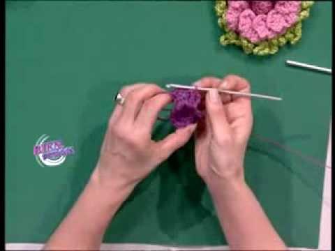Mónica Somma  – Bienvenidas TV – Teje una flor de pétalos superpuestos al crochet