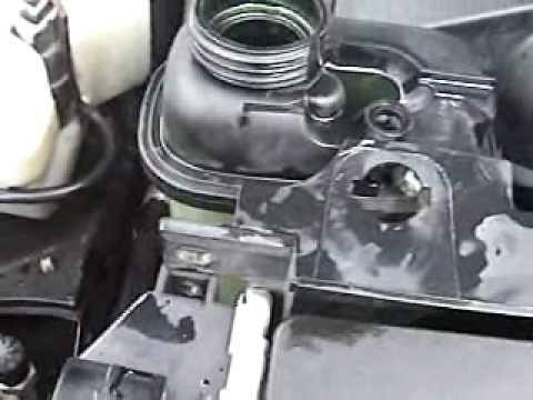 E36 328is Coolant Level Sensor Replacement.wmv