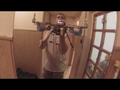 Quadcopter Turnigy H.A.L. Cheap gimbal test.