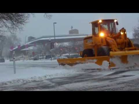 National Weather Service issued winter storm warning heavy blowing snow Minnesota Blizzard 2012 !