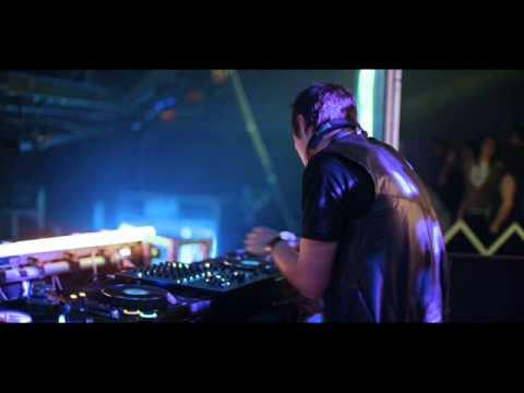 DJ   Mendua