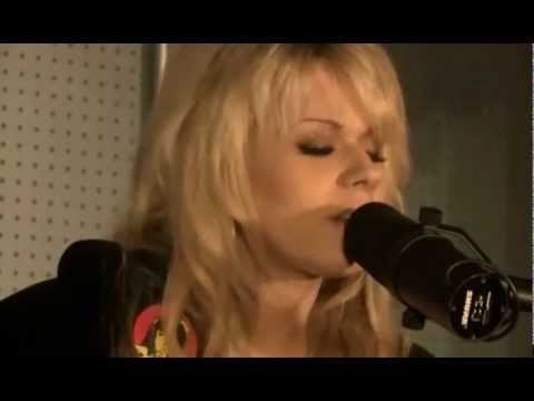 Orianthi Panagaris - Give In To Me (HD)