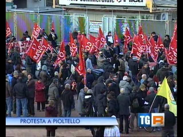 Sciopero e manifestazione Esselunga di Pioltello TG Lombardia 19.30 del 10 dic. 2011