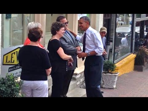 Obama Walks the Streets of Kansas City
