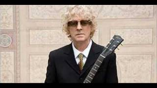 Watch Ian Hunter Red Letter Day video