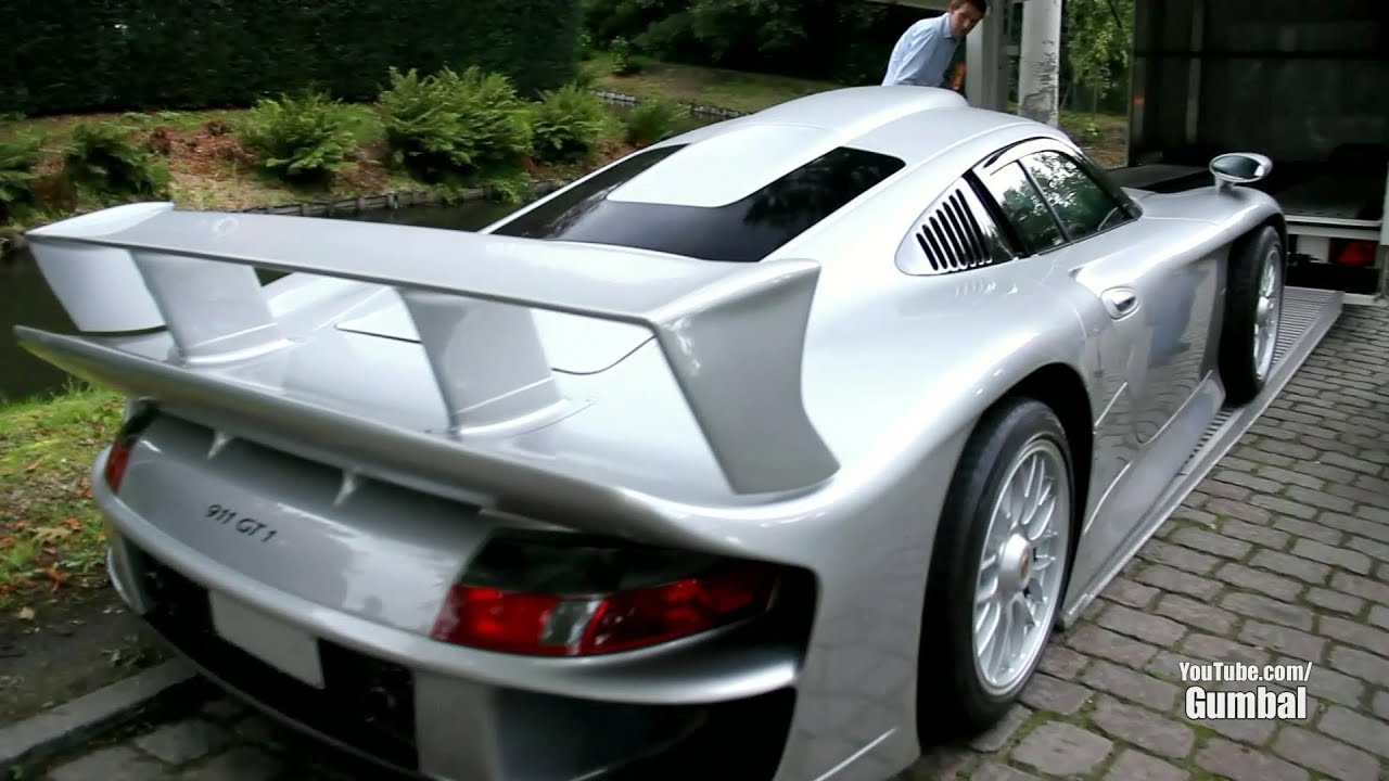 porsche 911 gt1 getting loaded into a trailer 1080p hd youtube. Black Bedroom Furniture Sets. Home Design Ideas