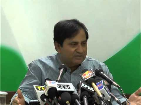 SHAKEEL AHMED SLAMS MODI FOR 'ZERO EFFECT' I DAY SPEECH