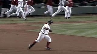 ALDS Gm3: Nixon blasts a walk-off homer in the 11th