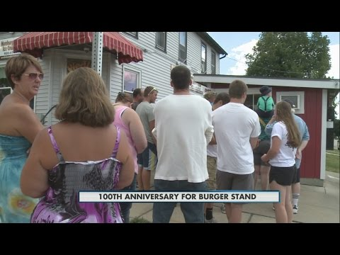 Jefferson burger stand celebrates one hundred years