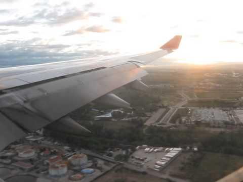 Avianca A330 landing in Madrid coming from Bogota AV26